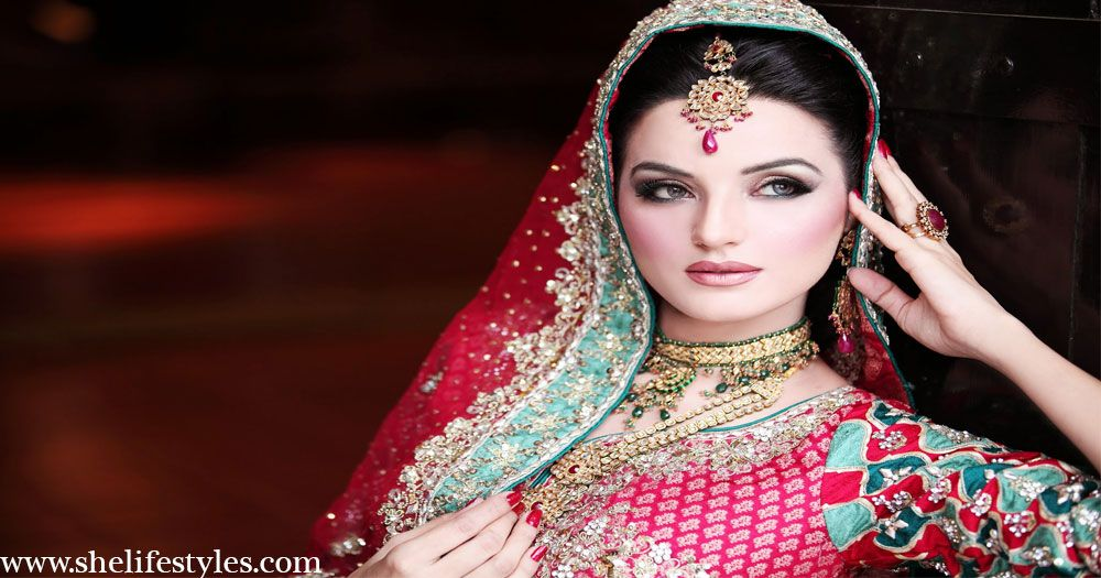 The Asian bridal makeup tutorial includes all the shades and colors that will make you look