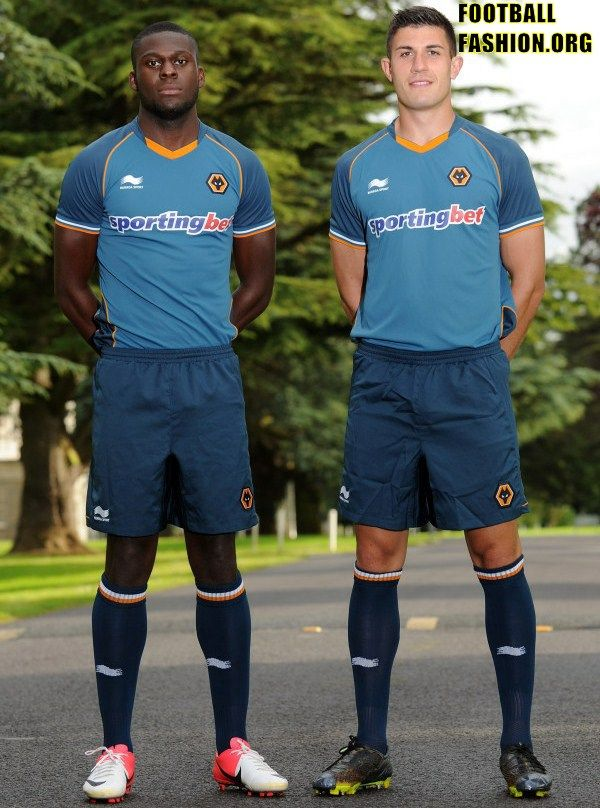 Wolverhampton Wanderers Burrda 2012 13 Away Kit  364aa7d40
