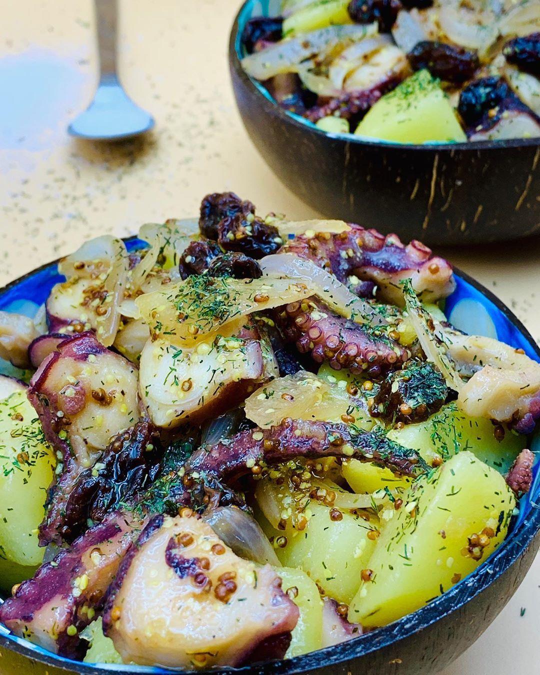 Ana Estévez Dill Clove On Instagram Ensalada De Patata Y Pulpo Ingredientes 300 G De Pulpo 1 Cebolla Mo En 2020 Ensalada De Patatas Ensaladas Patatas