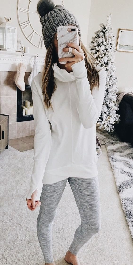 cute + cozy | winter running outfit hat fuzzy fashion ...