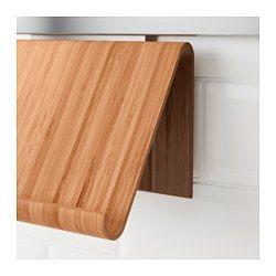 IKEA - RIMFORSA, Holder til tablet, Du kan vælge at stille stativet på køkkenbordet eller montere det på væggen, så du får mere plads, når du laver mad. Stativet er stabilt nok til både bøger og tablets. Fremstillet af et slidstærkt materiale og kan holde til at blive brugt – hver dag.