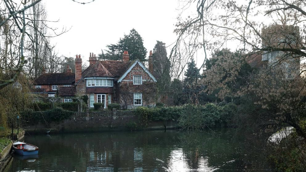 Goring-on-Thames..............George´s House........................