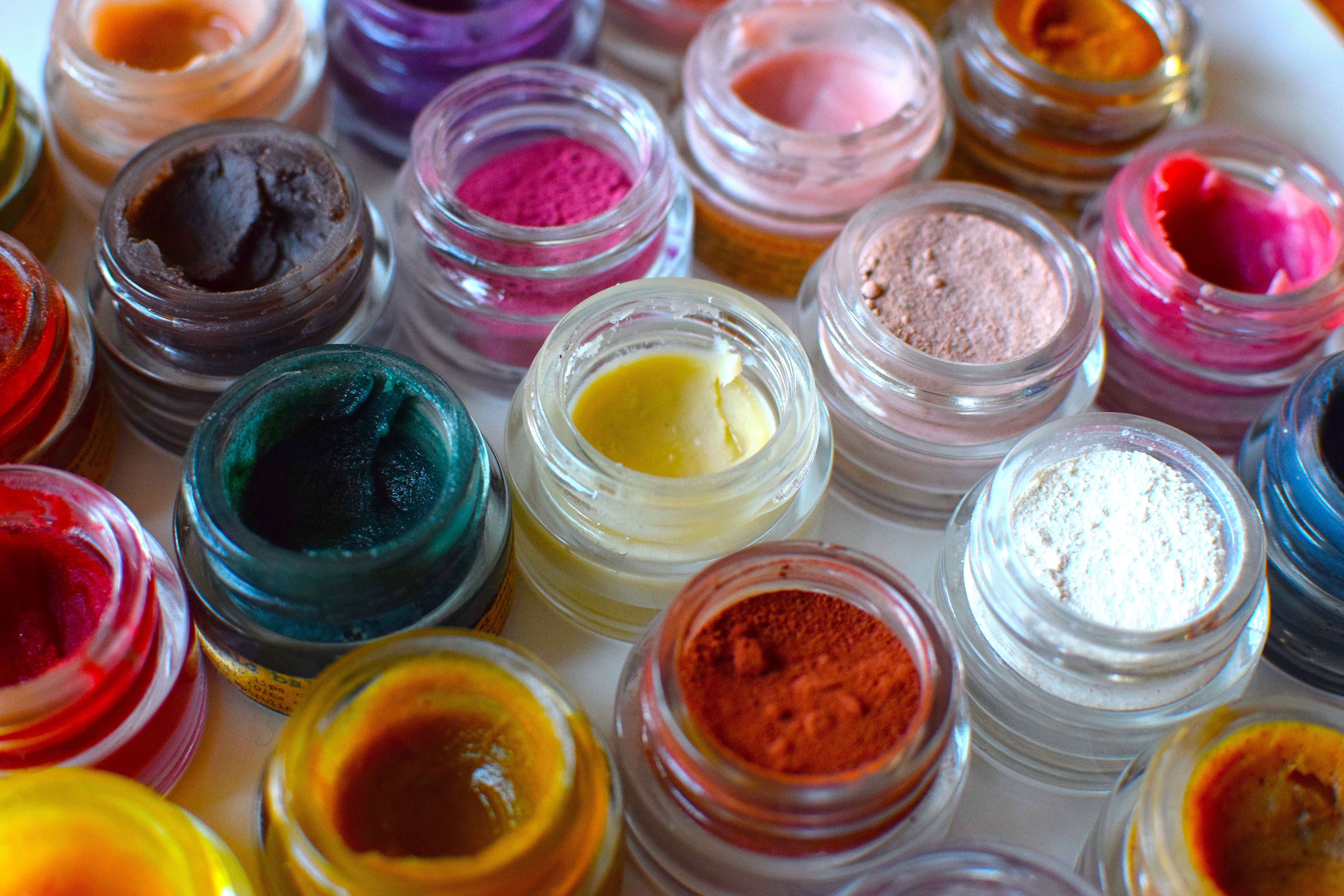 Plant Makeup is all natural plant based, plant pigmented