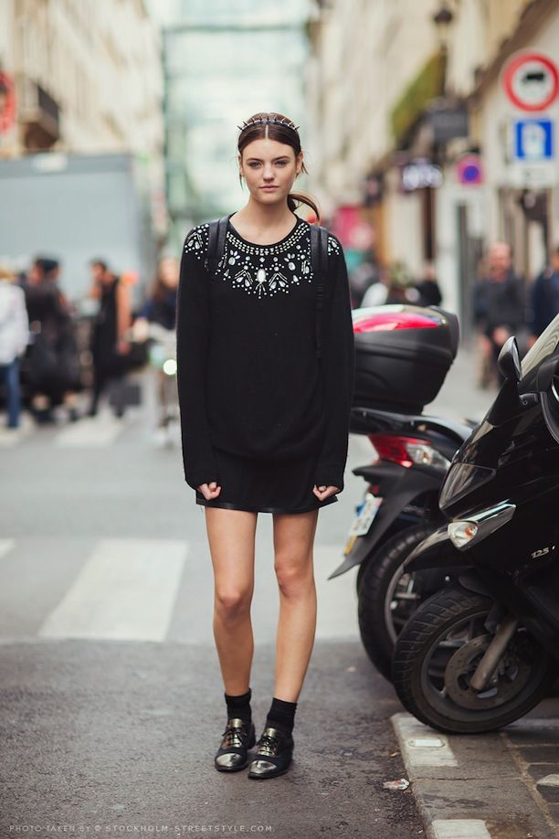 STREET STYLE BLACK EMBELLISHED KNITS INSPIRATION 3 WAYS SPIKE HEADBAND  JEWELED COLLAR SHOULDER SWEATER BACKPACK LEATHER