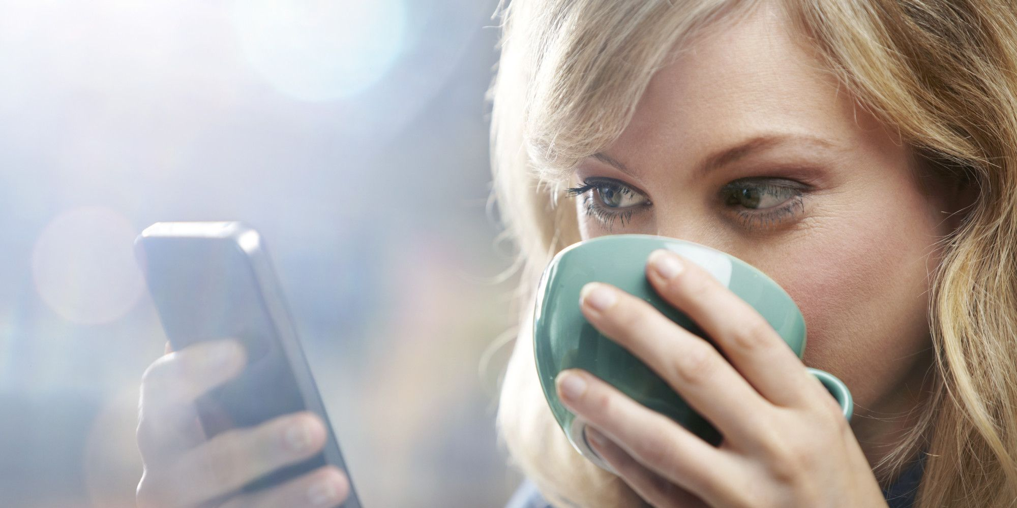 7 Ways Your Smartphone Can Actually Make You Happier