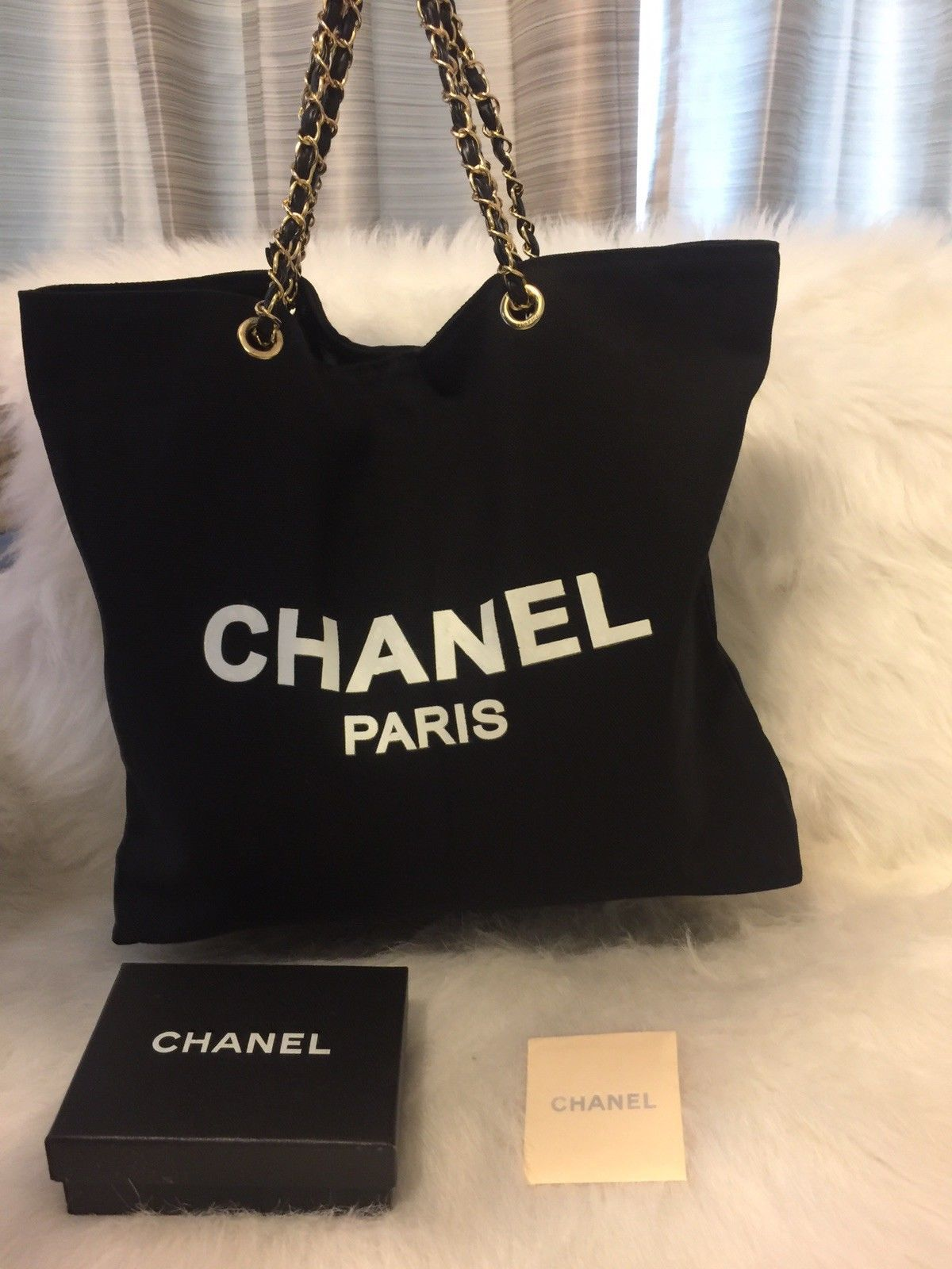 Chanel Canvas Vip Gift Shopper Tote Bag Large Gold Chain  127.5 ... fa28a92aa377f