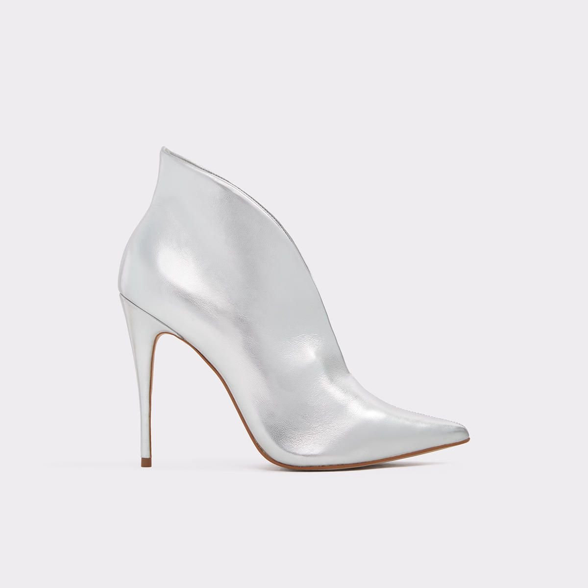 a2b629fcfb4 Melidith Them leather high heel shoes tho. Nail your meeting with these  sexy pointed-toe stiletto heels. Easy to slip on