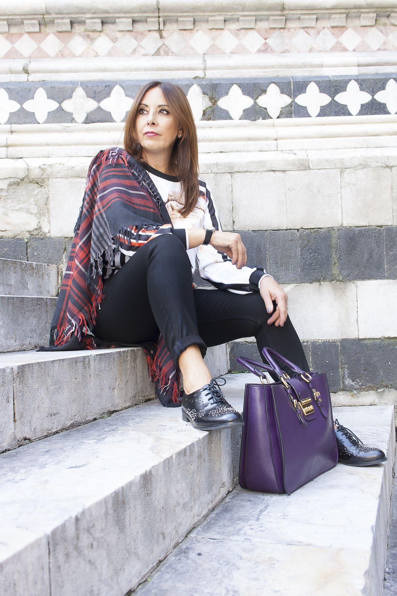 #etroscarf #clovercanyonsweater #miumiubag
