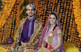 Sindhi Wedding - marigold display | Mandap - Wedding in 2019