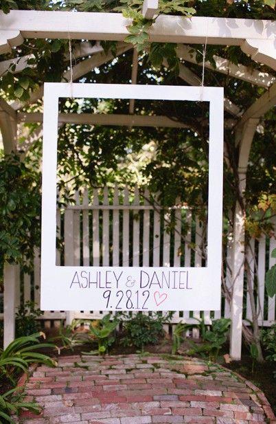 Marco de polaroid para el photobooth   decoración boda   Pinterest ...