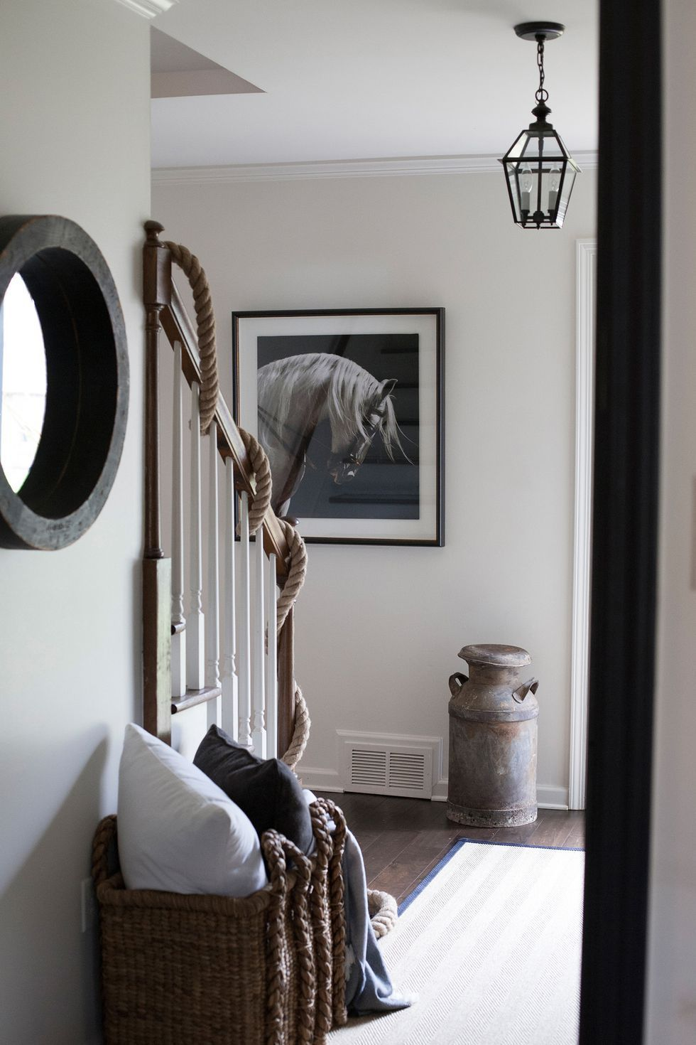 29 best entryway ideas for small spaces entry table ideas rh pinterest com