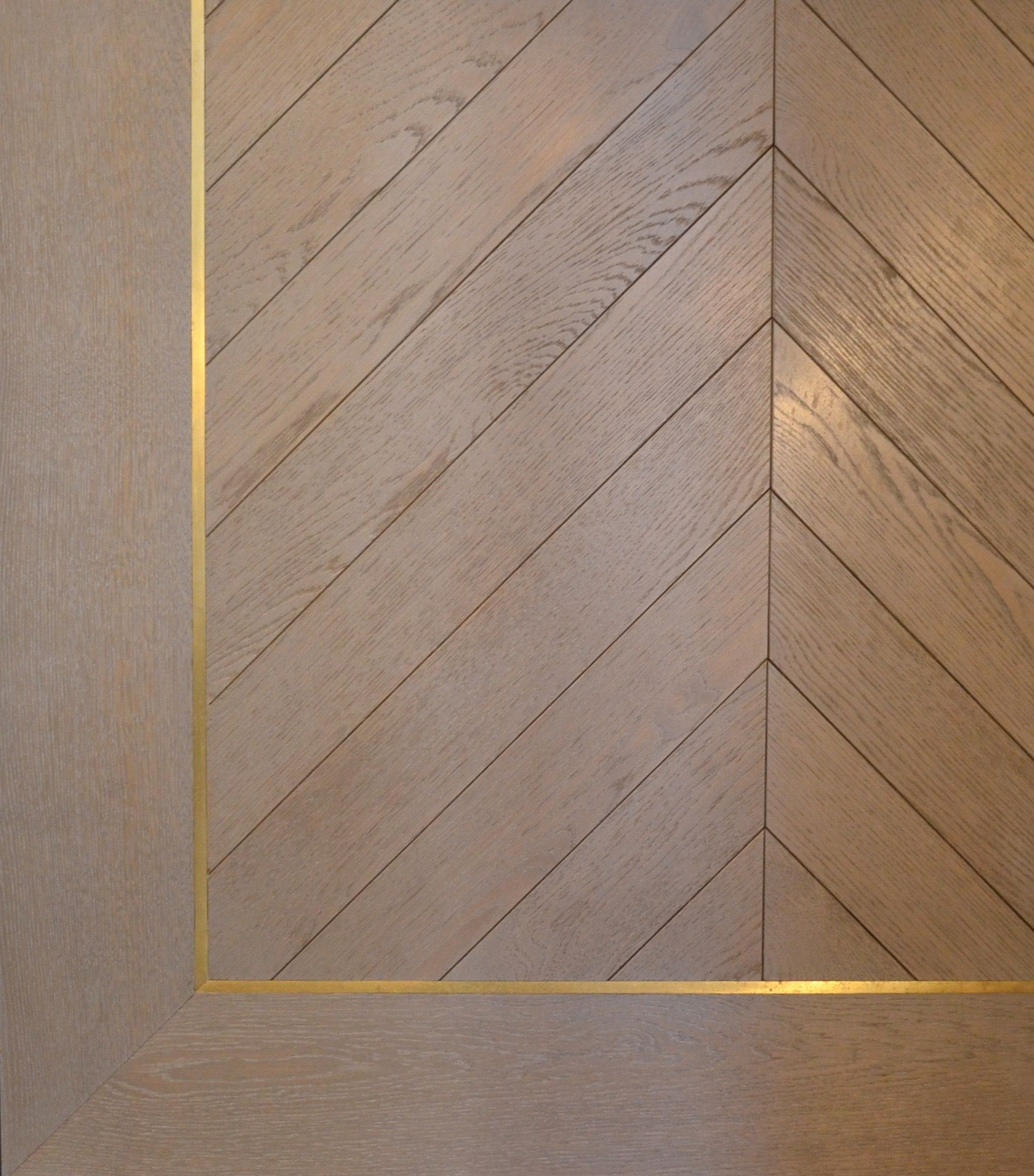 Parquet Chevron Stratifié Bespoke Chevron With Brass Inlay Border French Parquet