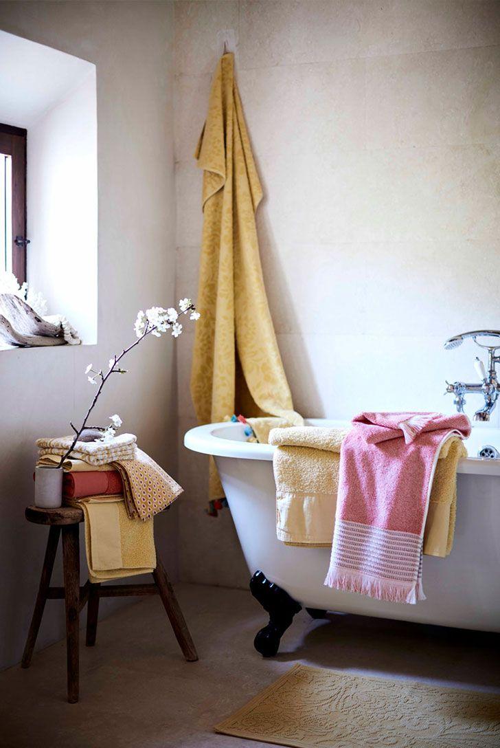 Soft and inspiring summer themes by zara home interior design decor idea inspiration cozy room style light color bathroom traidional tub also rh pinterest