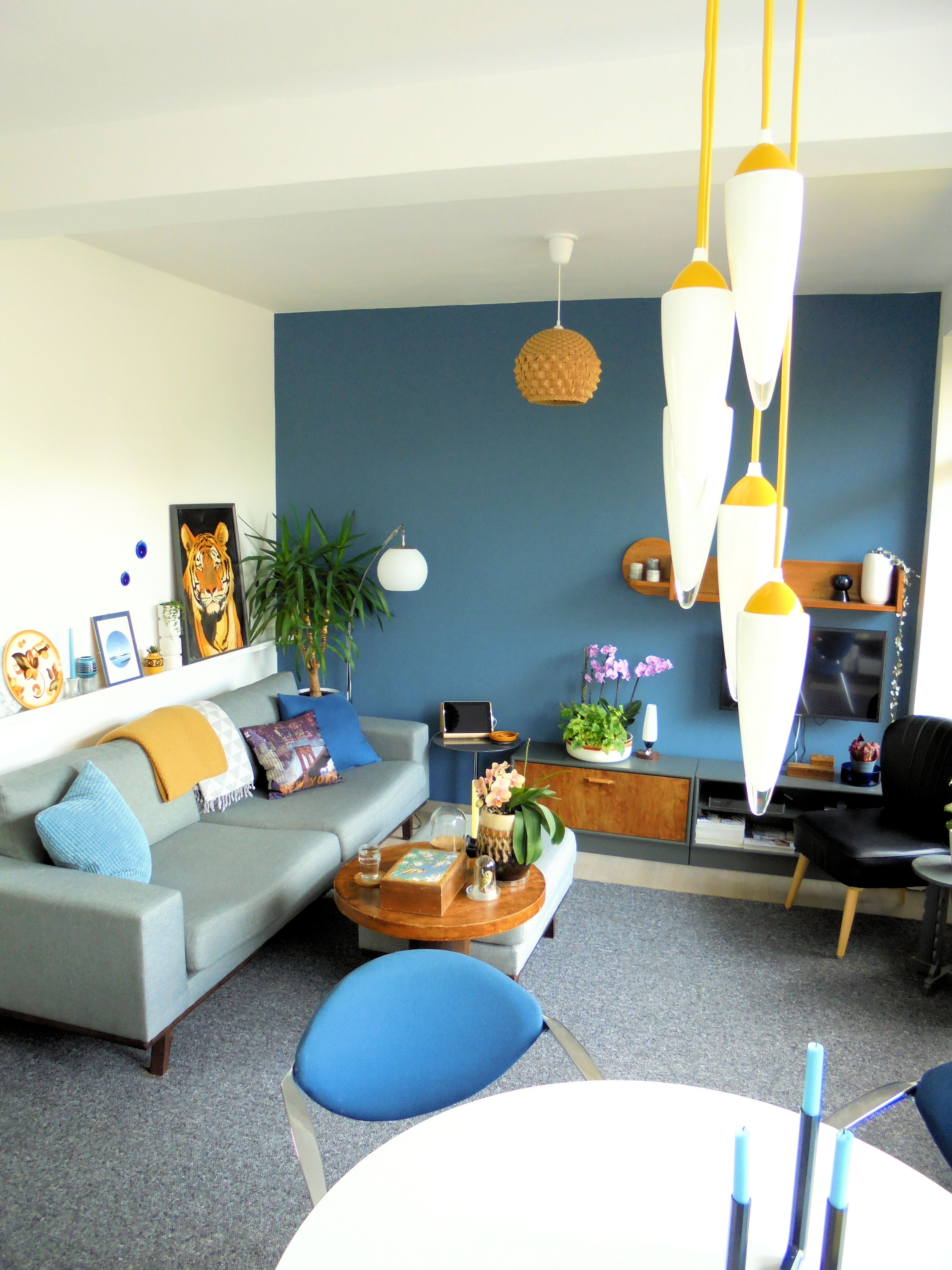 De woonkamer | The livingroom. Bank en hocker Torino via wehkamp.nl ...