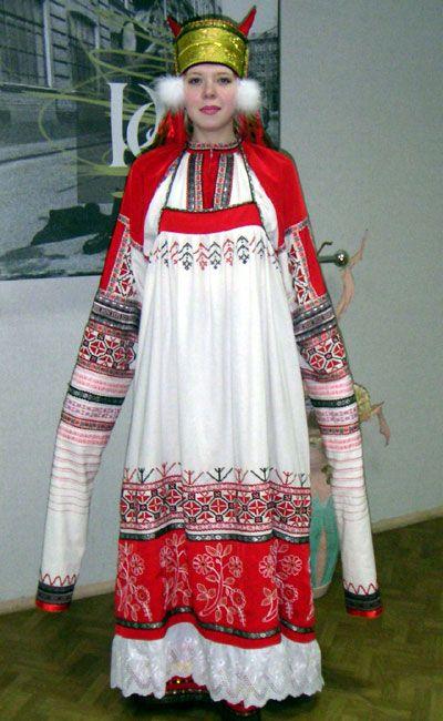 traditional russian wedding dresses