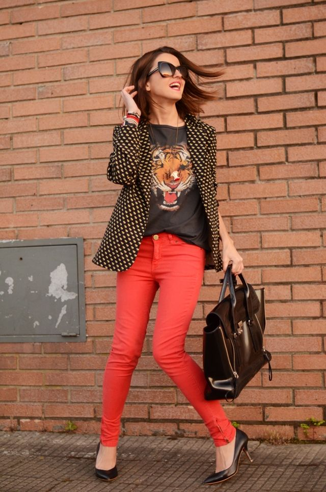 tee, colored jeans, blazer.