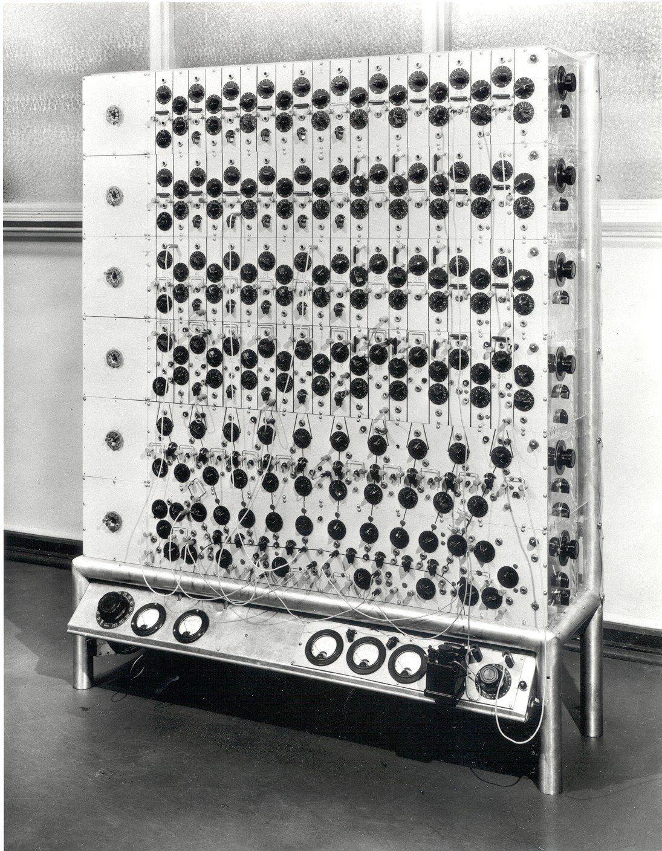 Eldo Koenig photocell analog computer, 1950 Old