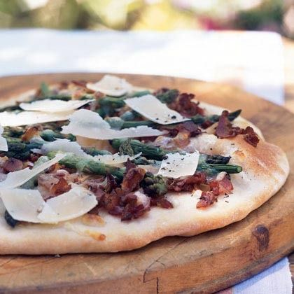 Flatbread with Pancetta and Asparagus by Cooking Light