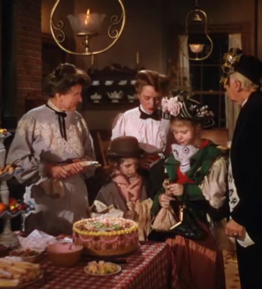 Meet Me In St Louis Halloween Vintage Movies Favorite Movies Classic Hollywood