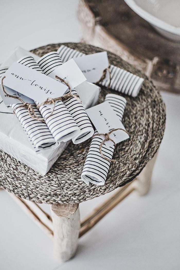 Christmas | Xmas | Jul | Noel. DIY: Gift Wrapping. Gift Tag