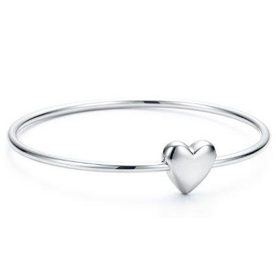 938fc9f83 Tiffany & Co Love Knot Bangle | Diamonds and Pearls | Tiffany ...