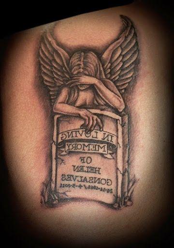 60 Most Amazing Angel Tattoos And Designs Tatoos Roses And Crowms