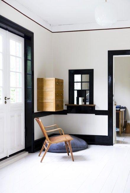 Blissfulb Bliss Black Trim Interior White Floorboards White Beadboard
