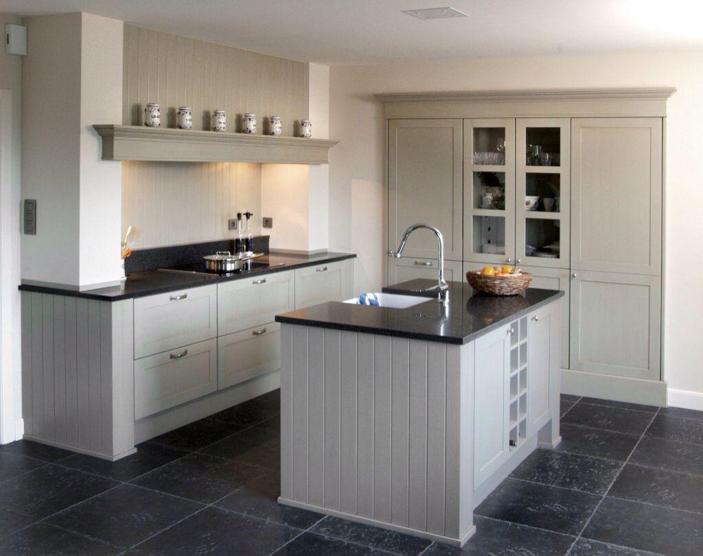 Mooi Met De Inbouw Kast En Veel Trekkasten Keuken Interieur Keuken Ontwerp Keuken Ontwerpen