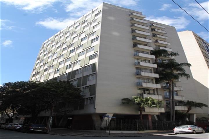 Apartamento / CURITIBA / PR