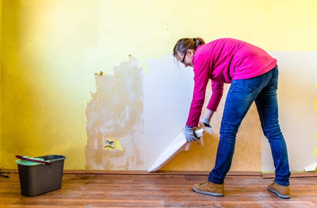 How To Remove Wallpaper From Your Walls and Home Sell