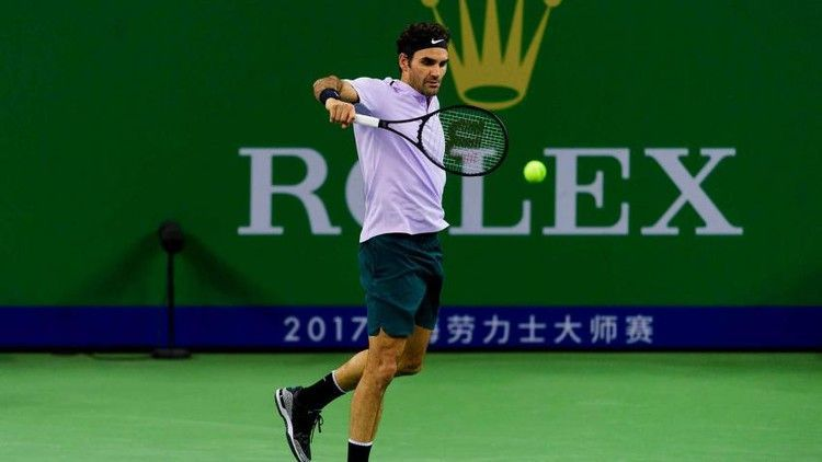 Roger Federer I Am Trying To Learn Chinese Mandarin It S Not Easy Learntoserveintennis With Images Roger Federer Learn Chinese Fun Sports