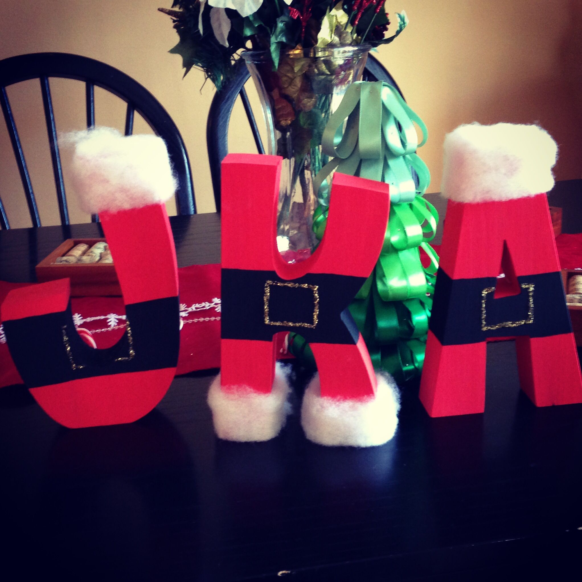 Adorable DIY Santa Letters as a Christmas craft! Click for the tutorial!