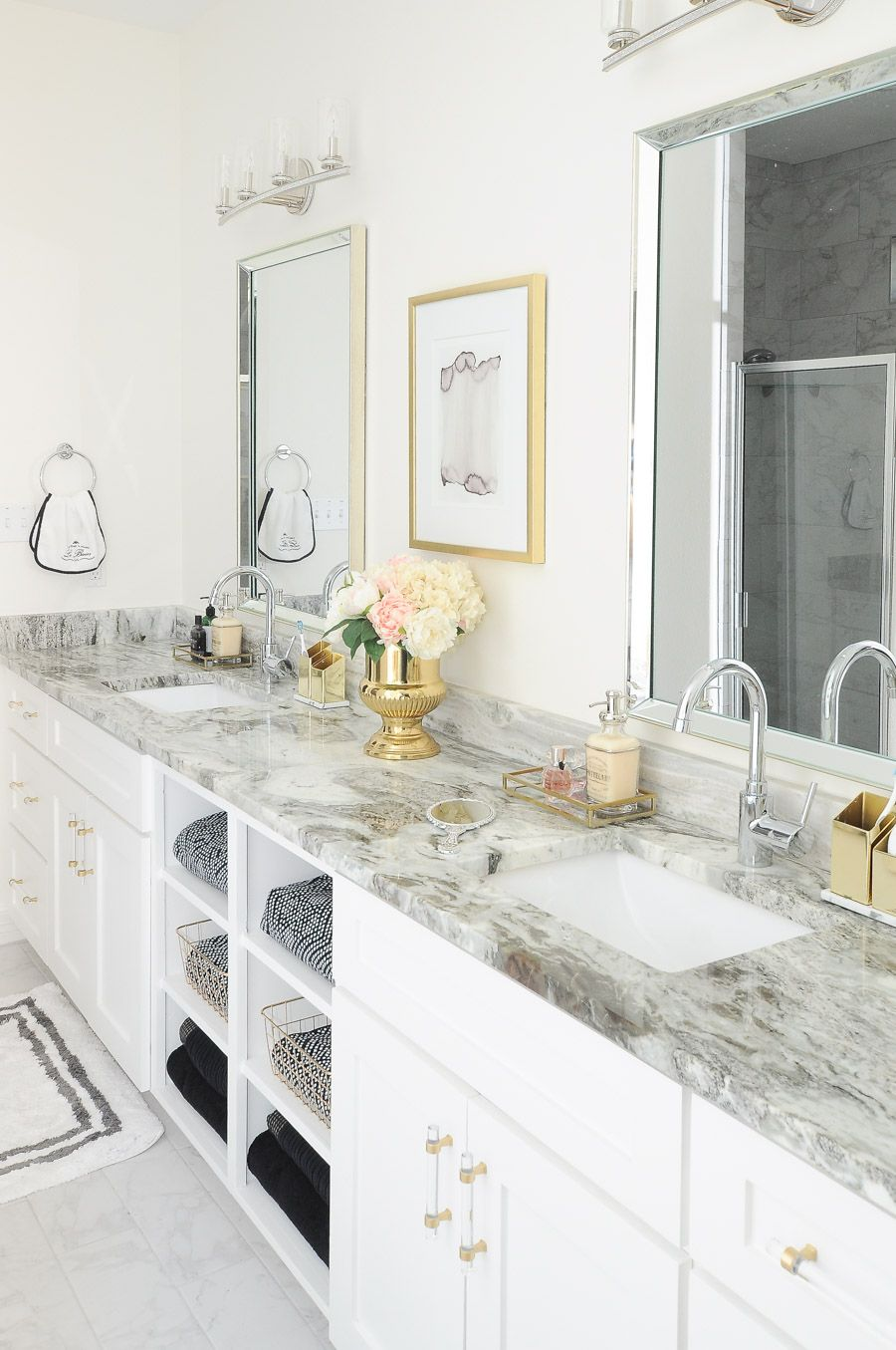 Black White And Gold In The Bathroom Black And White Gold And White Is Also An Im Small Master Bathroom Bathroom Interior Design Small Bathroom Remodel