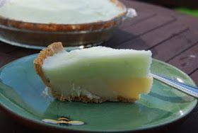 Shih's Cooking: Cucumber-Honeydew-White Chocolate Icebox Pie