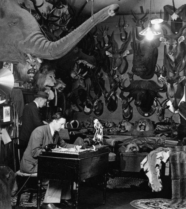 Wolf-Suschitzky Creepy vintage photos