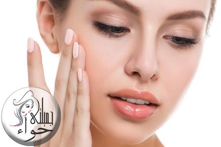 كيفية تنظيف البشرة وتقشير الوجه بماسكات طبيعيه