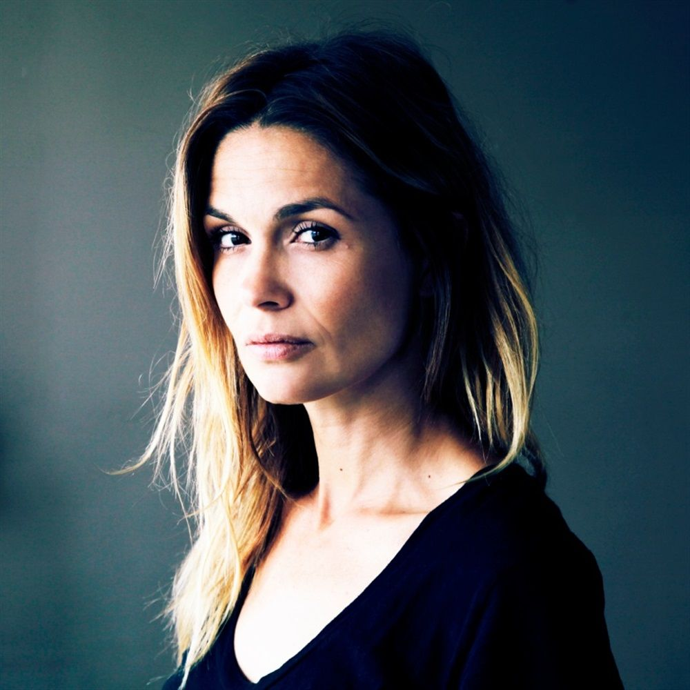 Heroine haircut images barbara schulz actrice française  actresses  pinterest  actresses