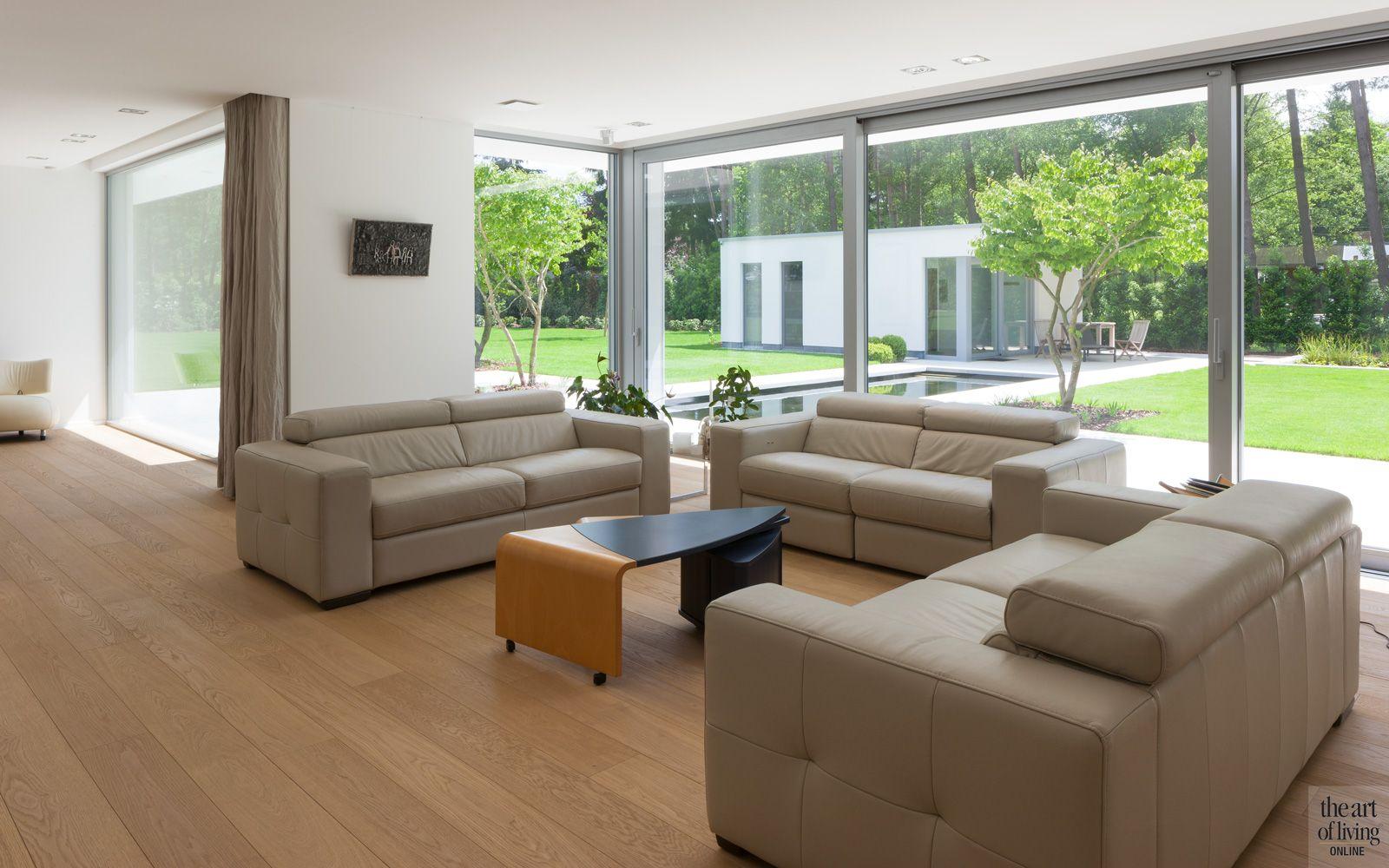 Zelfvoorzienende villa interieur theartofliving eu lounge