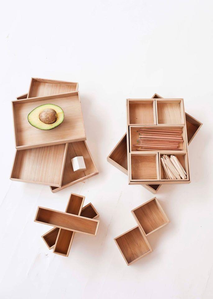 Cajitas madera MONO. en reunión