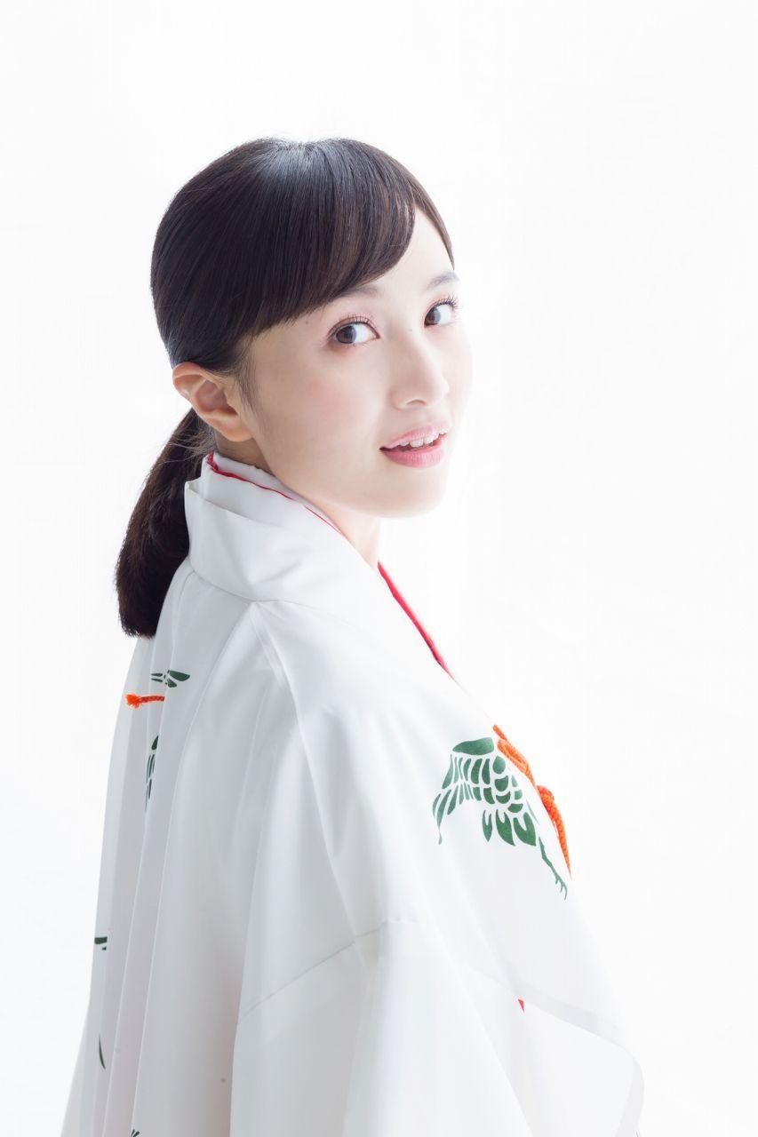 ももっと♣︎巫女♣︎百田夏菜子♡