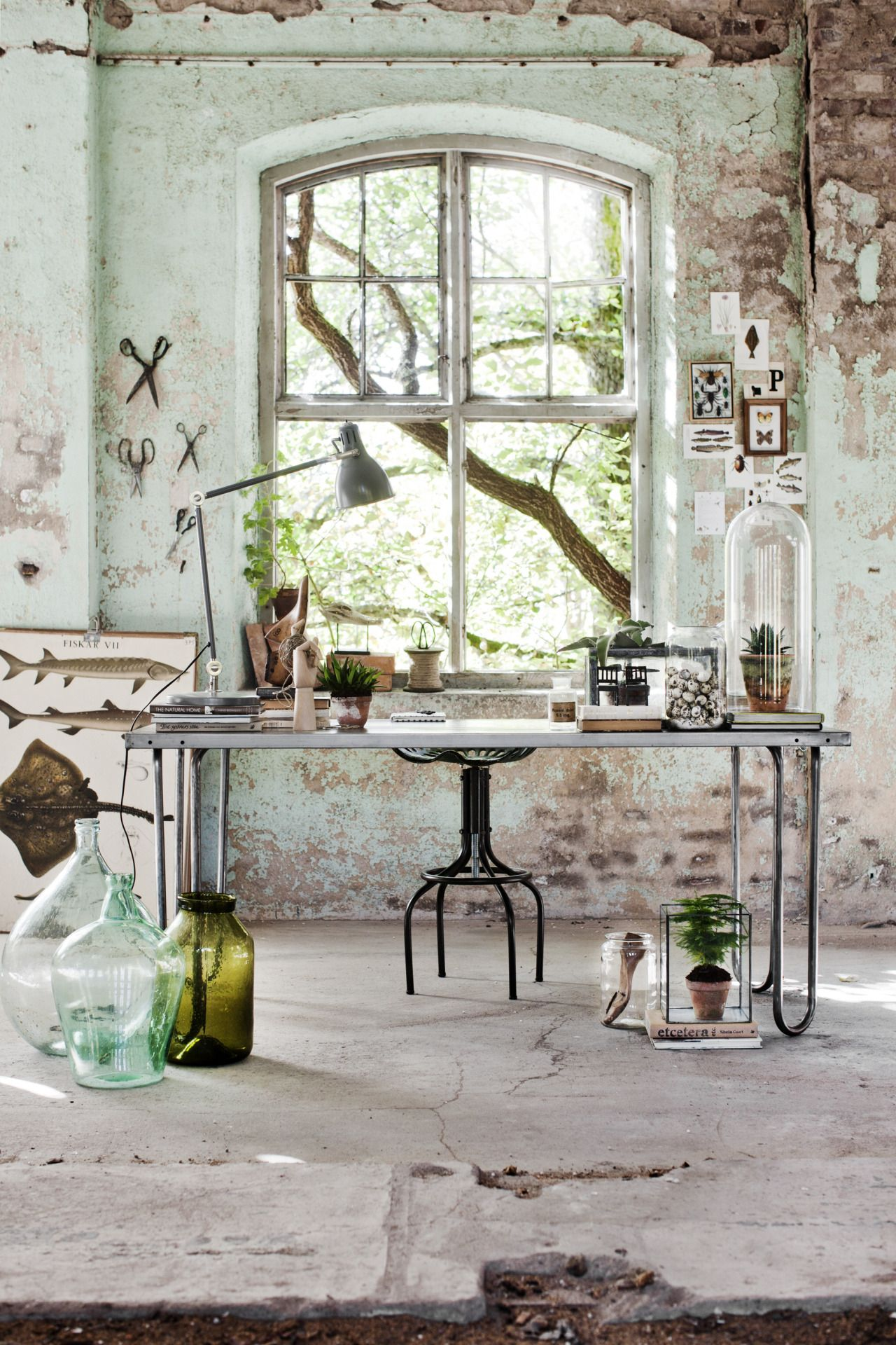 Chic and creative home office designs that make the most of limited ...
