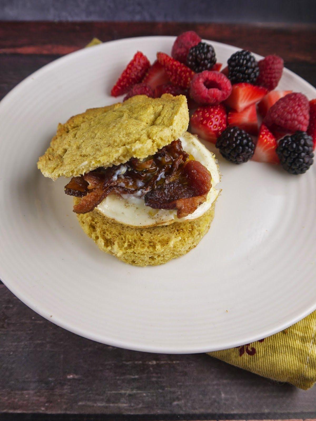 grain-free bacon & egg breakfast sandwiches