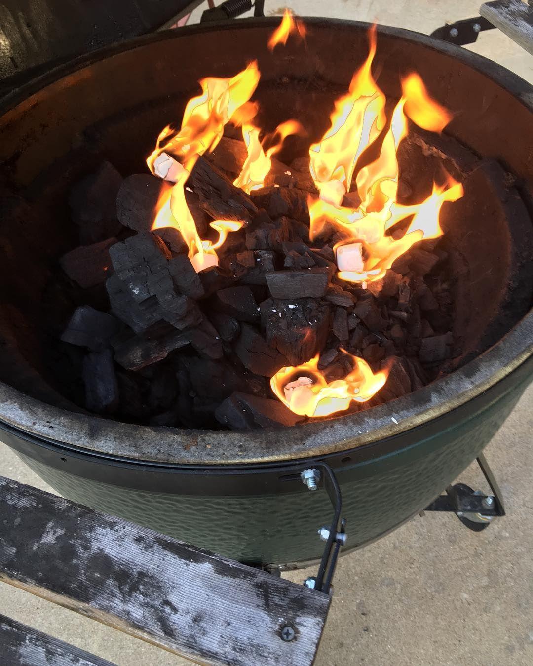 #bge #smokedbrisket #brisket #bgenation #spiceandtea #grillgang #grilling #girlgrilling #grillgirls #fogocharcoal by born2cookinspired