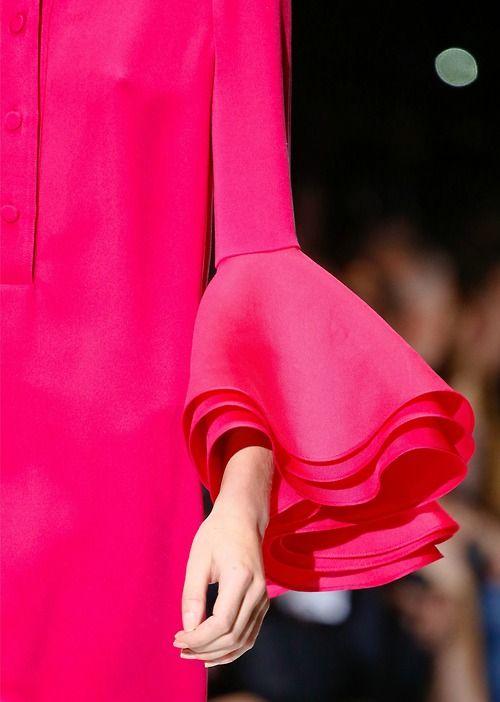Gucci (a favourite repin of VIP Fashion Australia - providing a portal to exclusive fashion and style from across the globe.  www.vipfashionaustralia.com - Specialising in blacklabel fashion - womens clothing Australia - global fashion houses - Italian fashion - fashion boutiques and fashion au at my cat walk )