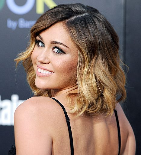 Miley Cyrus Rocks Ombre Color with Short Hair