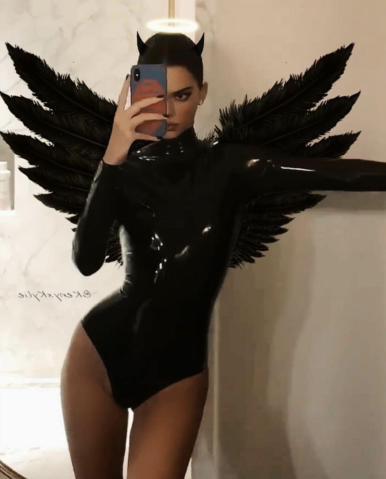 Kendall Jenner Halloween Costume 2020 Kendall Jenner in 2020 | Kendall jenner halloween, Halloween