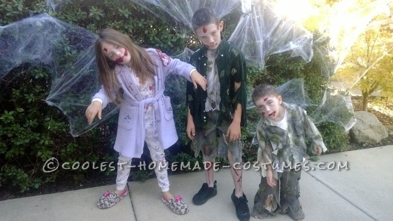 Zombie Kids Halloween Costumes  sc 1 st  Pinterest & Zombie Kids Halloween Costumes | Halloween costumes and Costumes