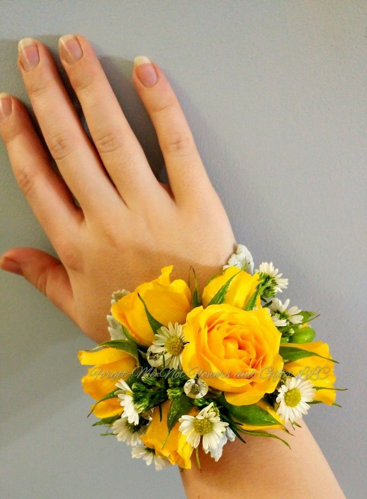 Yellow Spray Rose And White Aster Wrist Corsage With Rhinestone