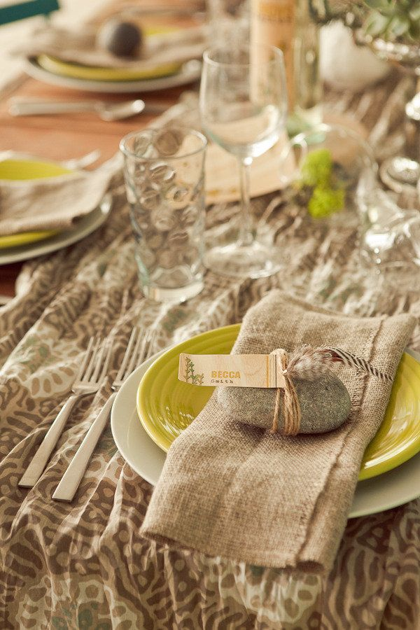 22 Thanksgiving Place Cards That Combine The Rustic Charm With Chic ...