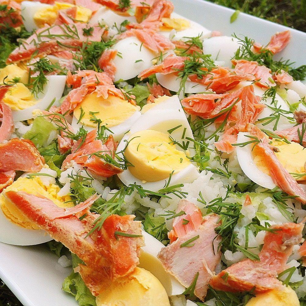 Salaatti, savulohisalaatti, lohisalaatti